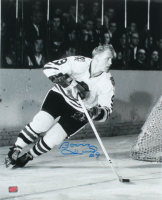 Bobby Hull Signed Blackhawks 16x20 Photo (Hull COA) at PristineAuction.com