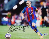 Andres Iniesta Signed FC Barcelona 8x10 Photo (Beckett COA) at PristineAuction.com