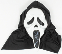 "Matthew Lillard Signed ""Scream"" Ghostface Mask Inscribed ""Stu"" (JSA COA) at PristineAuction.com"