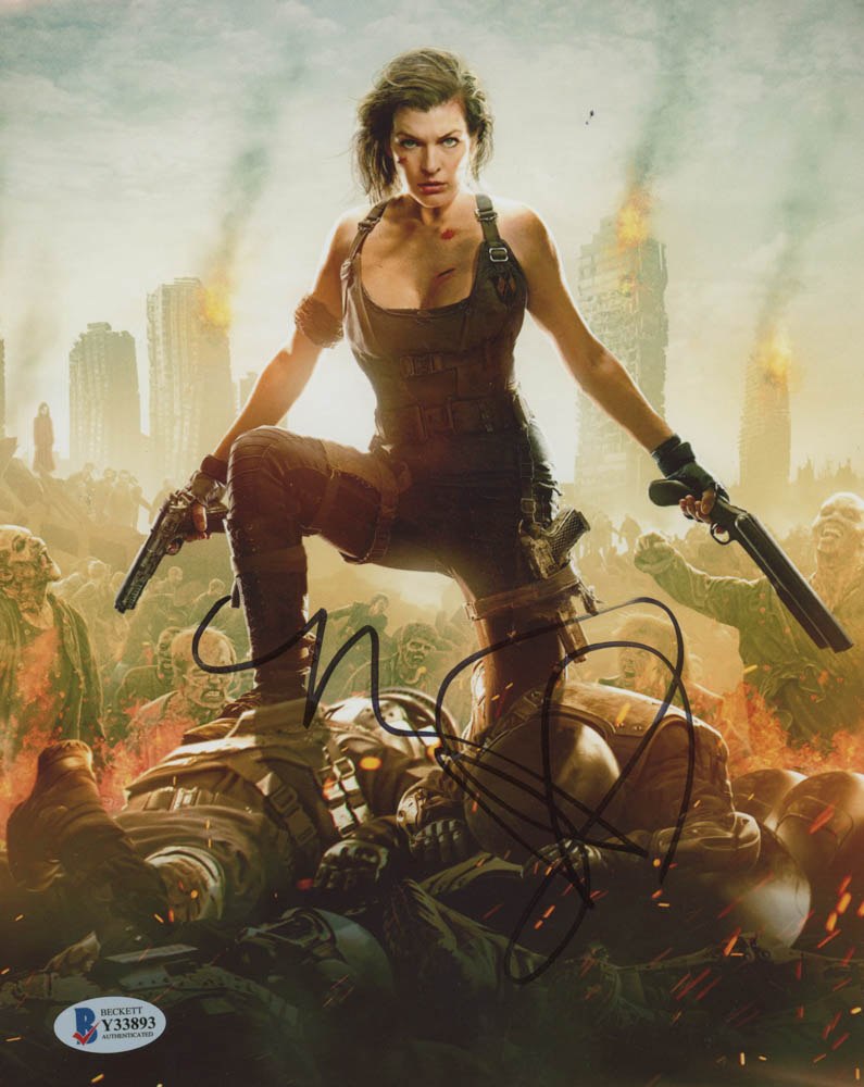 """Milla Jovovich Signed """"Resident Evil"""" 8x10 Photo (Beckett Hologram) at PristineAuction.com"""