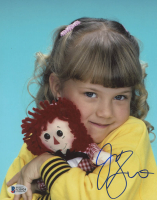 """Jodie Sweetin Signed """"Full House"""" 8x10 Photo (Beckett Hologram) at PristineAuction.com"""