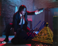 "Keanu Reeves Signed ""John Wick"" 11x14 Photo (Beckett Hologram) at PristineAuction.com"