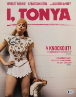 "Margot Robbie Signed ""I, Tonya"" 11x14 Photo (Beckett Hologram) at PristineAuction.com"