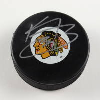 Kris Versteeg Signed Blackhawks Logo Hockey Puck (PSA COA) at PristineAuction.com