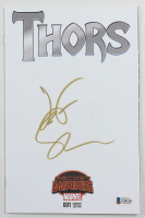 "Jeff Goldblum Signed 2015-16 ""Thors"" Issue #1 Variant Marvel Comic Book (Beckett COA) at PristineAuction.com"
