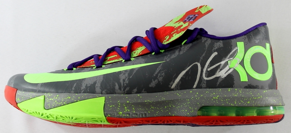 2782777f77d2 Kevin Durant Signed Nike Zoom KD Basketball Shoe (JSA COA) at  PristineAuction.com