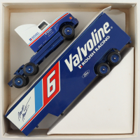 Mark Martin #6 Valvoline Roush Raching Ford 1:24 Scale Diecast Semi Trailer at PristineAuction.com
