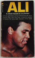 "Muhammad Ali Signed ""Ali"" Softcover Book (JSA LOA) (See Description) at PristineAuction.com"