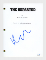 "Matt Damon Signed ""The Departed"" Movie Script (AutographCOA COA) at PristineAuction.com"
