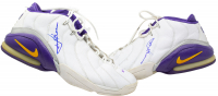 Rick Fox Signed Game-Used 2001 Season Pair of Nike Basketball Shoes (Fox LOA) at PristineAuction.com