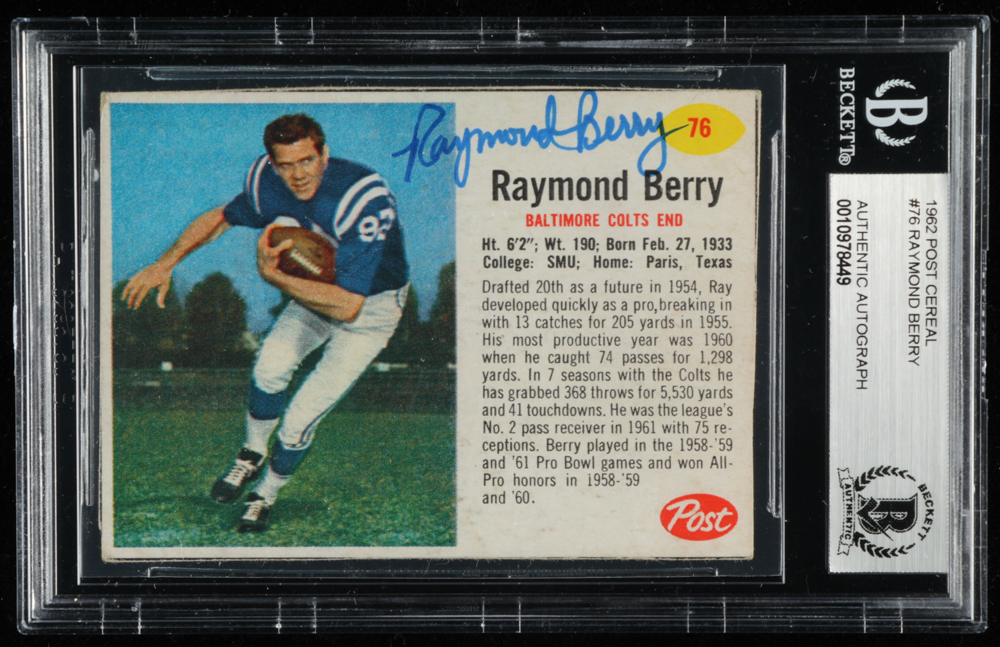 Raymond Berry Signed 1962 Post Cereal #76 (BGS Encapsulated) at PristineAuction.com