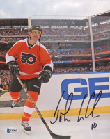 John LeClair Signed Flyers 8x10 Photo (Beckett COA) at PristineAuction.com