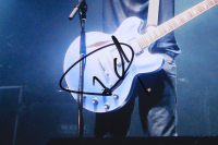 Dave Grohl Signed 11x14 Photo (JSA COA) at PristineAuction.com