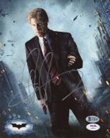 "Aaron Eckhart Signed ""The Dark Knight"" 8x10 Photo (Beckett COA & PSA Hologram) at PristineAuction.com"
