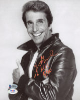 """Henry Winkler Signed """"Happy Days"""" 8x10 Photo Inscribed """"9/20"""" (Beckett COA & PSA COA) at PristineAuction.com"""