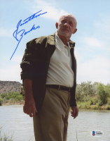 "Jonathan Banks Signed ""Breaking Bad"" 8x10 Photo (Beckett COA) at PristineAuction.com"