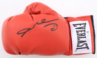 Sugar Ray Leonard Signed Everlast Boxing Glove (Beckett Hologram) at PristineAuction.com