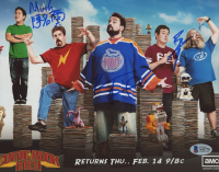 "Kevin Smith, Bryan Johnson & Ming Chen Signed ""Comic Book Men"" 8x10 Photo (Beckett LOA) at PristineAuction.com"