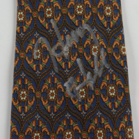 Henry Hill Signed Necktie (Beckett COA) at PristineAuction.com