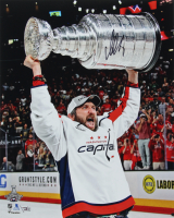 Alexander Ovechkin Signed Capitals 16x20 Photo (Fanatics Hologram) at PristineAuction.com