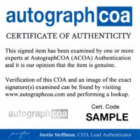 Kim Cattrall Signed 8x10 Photo (AutographCOA COA) at PristineAuction.com
