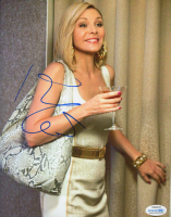 Kim Cattrall Signed 8x10 Photo (AutographCOA COA) at PristineAuction.com