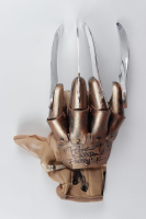 "Robert Englund Signed ""A Nightmare on Elm Street"" Freddy Krueger Supreme Edition Metal Replica Glove Inscribed ""Freddy K"" (Pristine Authentic COA) (See Description) at PristineAuction.com"