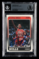 Scottie Pippen Signed 1988-89 Fleer #20 UER RC (BGS Encapsulated) at PristineAuction.com