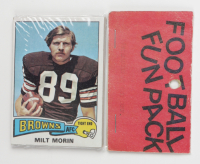 1975 Topps Football Card Fun Pack with (10) Cards (See Description) at PristineAuction.com