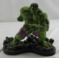 "Art Asylum ""The Incredible Hulk"" Marvel Milestones Statue Figurine at PristineAuction.com"