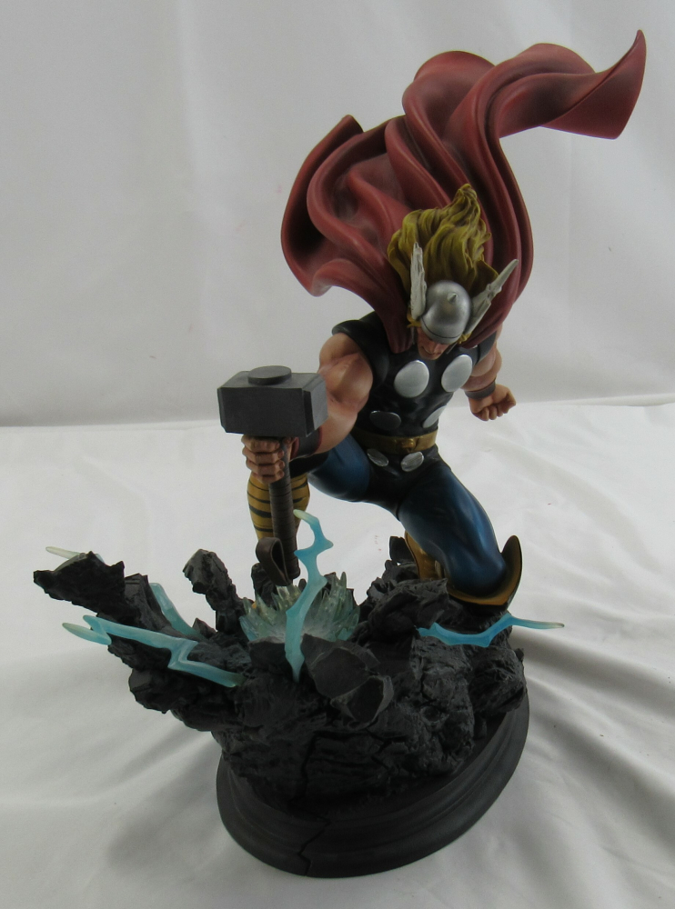 The Mighty Thor Strike Down Version Randy Bowen Marvel Statue Figurine at PristineAuction.com