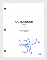 "Sam Heughan Signed ""Outlander"" Pilot Episode Script (AutographCOA COA) at PristineAuction.com"