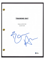 "Ethan Hawke Signed ""Training Day"" Full Movie Script (Beckett COA) at PristineAuction.com"