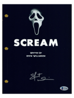 "Skeet Ulrich Signed ""Scream"" Movie Script (Beckett COA) at PristineAuction.com"