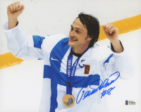 Teemu Selanne Signed Team Finland 8x10 Photo (Beckett COA) at PristineAuction.com