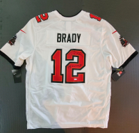 "Tom Brady Signed Buccaneers Jersey Inscribed ""SB LV MVP"" (Fanatics LOA) at PristineAuction.com"
