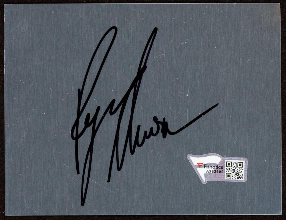 "Ryan Newman Signed 3"" x 4"" Metal Cut (Fanatics Hologram) (See Description) at PristineAuction.com"
