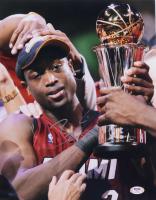 Dwayne Wade Signed Heat 11x14 Photo (PSA Hologram) at PristineAuction.com