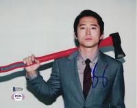Steven Yeun Signed 8x10 Photo (Beckett COA) at PristineAuction.com