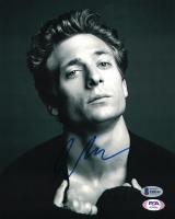 Jeremy Allen White Signed 8x10 Photo (Beckett COA) at PristineAuction.com