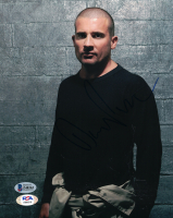 Dominic Purcell Signed 8x10 Photo (Beckett COA) at PristineAuction.com