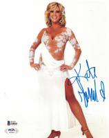 Kate Gosselin Signed 8x10 Photo (Beckett COA) at PristineAuction.com