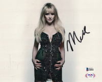 Melissa Rauch Signed 8x10 Photo (Beckett COA) at PristineAuction.com