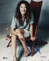 Gina Rodriguez Signed 8x10 Photo (Beckett COA) at PristineAuction.com