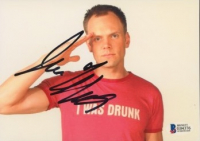 Joel McHale Signed 5x7 Photo (Beckett COA) at PristineAuction.com