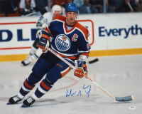 Wayne Gretzky Signed Oilers 16x20 Photo (PSA Hologram) (See Description) at PristineAuction.com