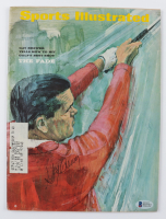 Gay Brewer Signed 1967 Sports Illustrated Magazine (Beckett COA) at PristineAuction.com