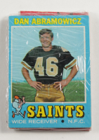 1971 Topps Football Card Fun Pack with (10) Cards (See Description) at PristineAuction.com