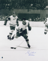 """Gordie Howe Signed Red Wings 16x20 Photo Inscribed """"Mr. Hockey"""" (JSA Hologram & Sports Integrity COA) at PristineAuction.com"""