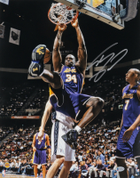 Shaquille O'Neal Signed Lakers 16x20 Photo (Beckett COA) (See Description) at PristineAuction.com